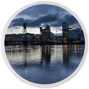 Portland City Skyline With Hawthorne Bridge At Dusk Round Beach Towel