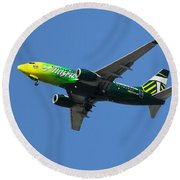 Round Beach Towel featuring the photograph Portland Timbers - Alaska Airlines N607as by Aaron Berg