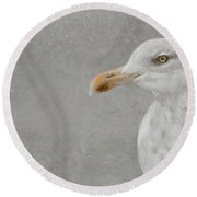 Portrait Of A Gull Round Beach Towel