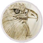 Portrait Of An Eagle Round Beach Towel