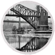 Portrait Of The Hellgate Round Beach Towel