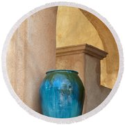 Pottery And Archways Round Beach Towel