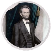 President Abraham Lincoln In Color Round Beach Towel