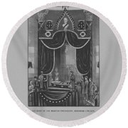 President Abraham Lincoln Lying In State Round Beach Towel