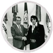 President Nixon And Elvis Presley In Oval Office Round Beach Towel