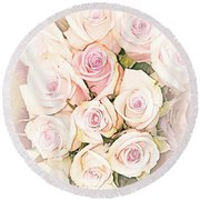 Pretty Roses Round Beach Towel