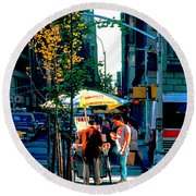 Hot Dog Stand Nyc Late Afternoon Ik Round Beach Towel