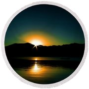 Priest Lake Sunrise Round Beach Towel