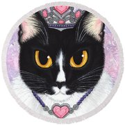 Princess Fiona -tuxedo Cat Round Beach Towel
