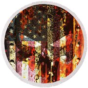 Punisher Skull On Rusted American Flag Round Beach Towel