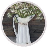 Queen Ann's Lace Round Beach Towel