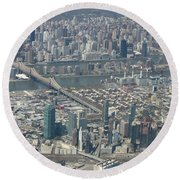 Queens And Manhattan Round Beach Towel