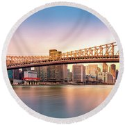 Queensboro Bridge At Sunset Round Beach Towel
