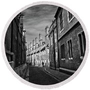 Quiet Alley Cambridge Uk Round Beach Towel