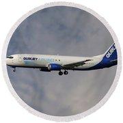 Quikjet Cargo Airlines Boeing 737-43q Round Beach Towel