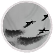 Raf Scampton 2017 - Global Stars Loop Black And White Round Beach Towel