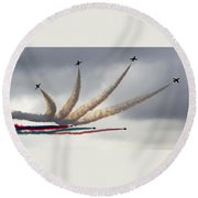 Raf Scampton 2017 - Red Arrows Preparing For Detonator Round Beach Towel