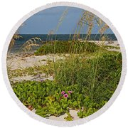 Railroad Vines On Boca Iv Round Beach Towel