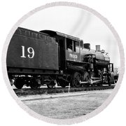 Round Beach Towel featuring the photograph Railway Engine In Frisco by Nicole Lloyd