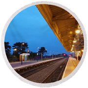 Railway Vanishing Point Round Beach Towel