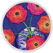 Ranunculus In Blue And White Vase Round Beach Towel