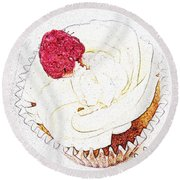 Raspberry Cupcake  Round Beach Towel