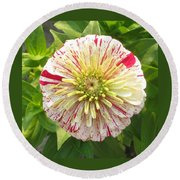 Red And White Flower Round Beach Towel