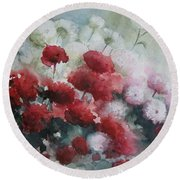 Red And White Flowers Round Beach Towel