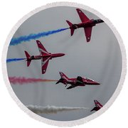 Red Arrows Break Off - Teesside Airshow 2016 Round Beach Towel