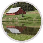 Red Barn Burgess Res Divide Co Round Beach Towel