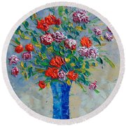 Red Carnations Round Beach Towel