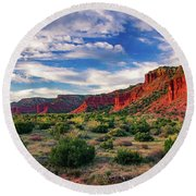 Red Cliffs Of Caprock Canyon Round Beach Towel