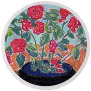 Red Flowers In Black Pot Round Beach Towel