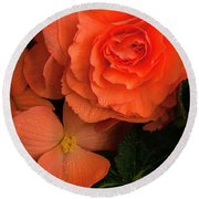 Red Giant Begonia Ruffle Form Round Beach Towel
