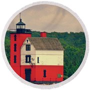 Red Lighthouse Hdr Round Beach Towel