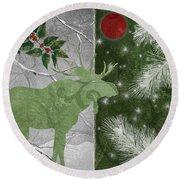 Red Moon Christmas Moose Round Beach Towel