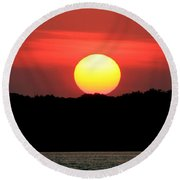 Red Myakka Sunset Round Beach Towel