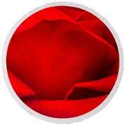 Red Rose Petals Round Beach Towel