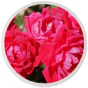 Red Roses 1 Round Beach Towel