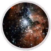 Red Smoke Star Cluster Round Beach Towel