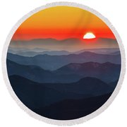 Red Sun In The End Of Mountain Range Round Beach Towel