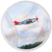 Red Tails Round Beach Towel