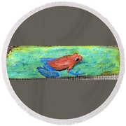 Red Tree Frog Round Beach Towel