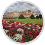 Red White And Blue At Hampton Court Round Beach Towel