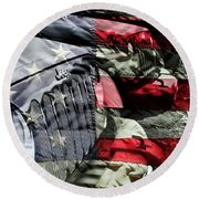 Red White And Jeep Round Beach Towel