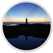 Reflection Of Bodie Light At Sunset Round Beach Towel
