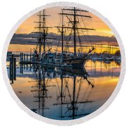Reflectons On Sailing Ships Round Beach Towel