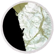 Reflets Impossibles Round Beach Towel