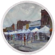 Rein And Sun At Canal Fest In North Tonawanda Round Beach Towel