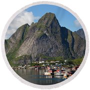 Reine And Olstinden Round Beach Towel